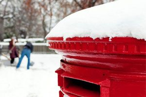 If you're planning on sending gifts to friends and family overseas, don't forget the lead times on posting parcels! See the link below for the Royal Mail's schedule and get a copy of BuySellorHold? winging its way to your friends abroad! http://www.royalmail.com/greetings ‪#‎buysellorhold‬ ‪#‎christmasgift‬ ‪#‎christmaspostingdates‬ ‪#‎boardgames‬ www.buysellorhold.co.uk