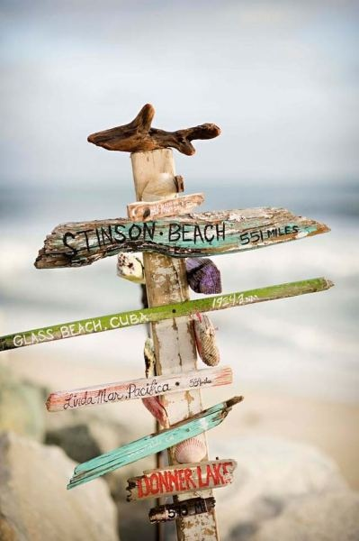 .: Gardens Totems, Driftwood Signs, Beaches Signs, Beaches Photography, Beaches Houses, Drift Wood, Stinson Beaches, Beaches Wedding, The Sea