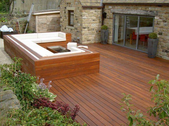 lame de terrasse en ipé et un coin de détente très élégant