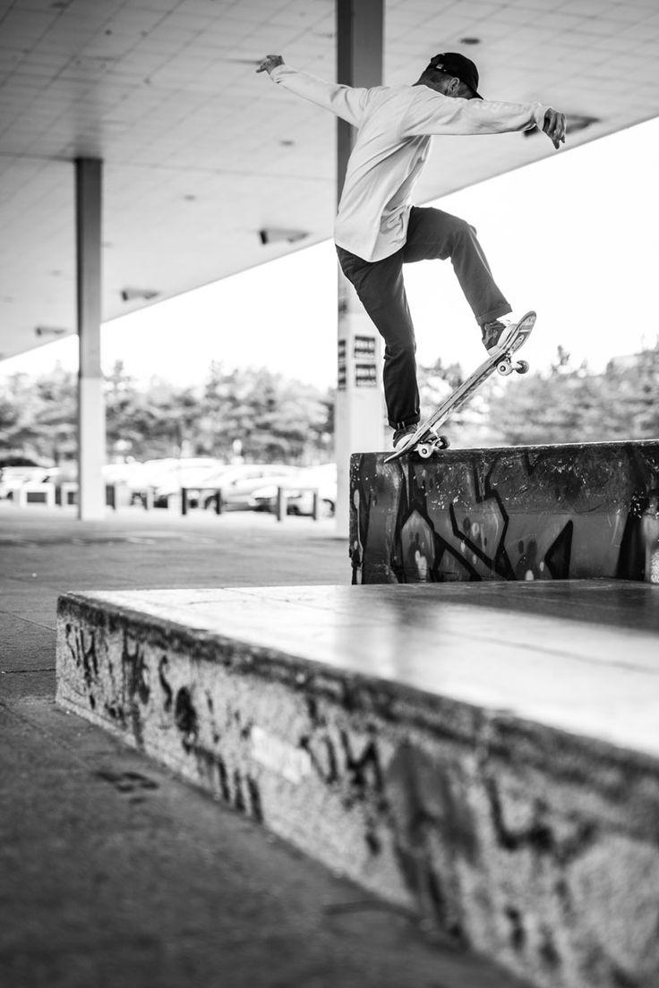 ↠ ᴘɪɴ: coeurdepasteque ↞ Charlie Pupecki Grind #skateboarding #photography #inspiration