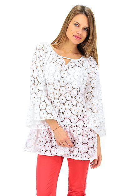 CamicettaSnob - Camicie - Abbigliamento - Camicia in cotone lavorata a pizzo con manica e fondo con balza.La nostra modella indossa la taglia /EU 40. - BIANCO - € 139.00