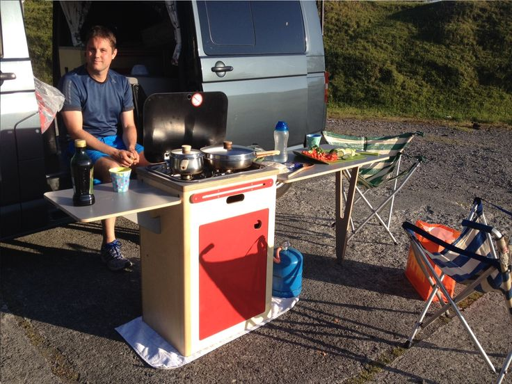 Pod kitchen - removable Module from be campervan to outside cooking