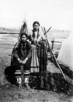 CHIPPEWA GIRLS , 1871