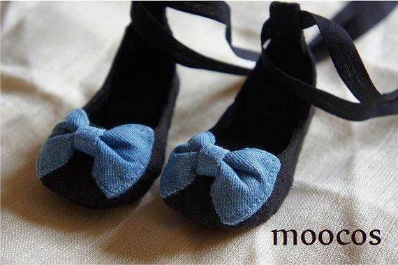 Tiny denim bow ballerina flats for baby girls by moocos on Etsy, kr100.00