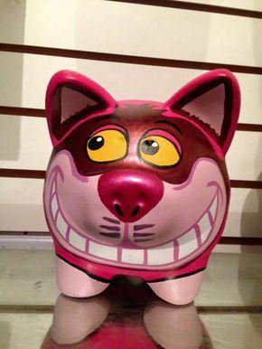 Alcancia Puerquito Gato Alicia En Pais Maravillas Ceramica - $ 89.00 en Mercado Libre