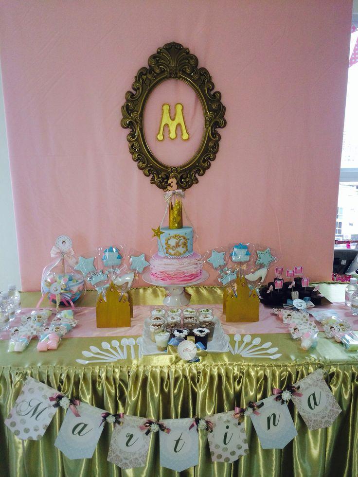Mesa principal de dulces