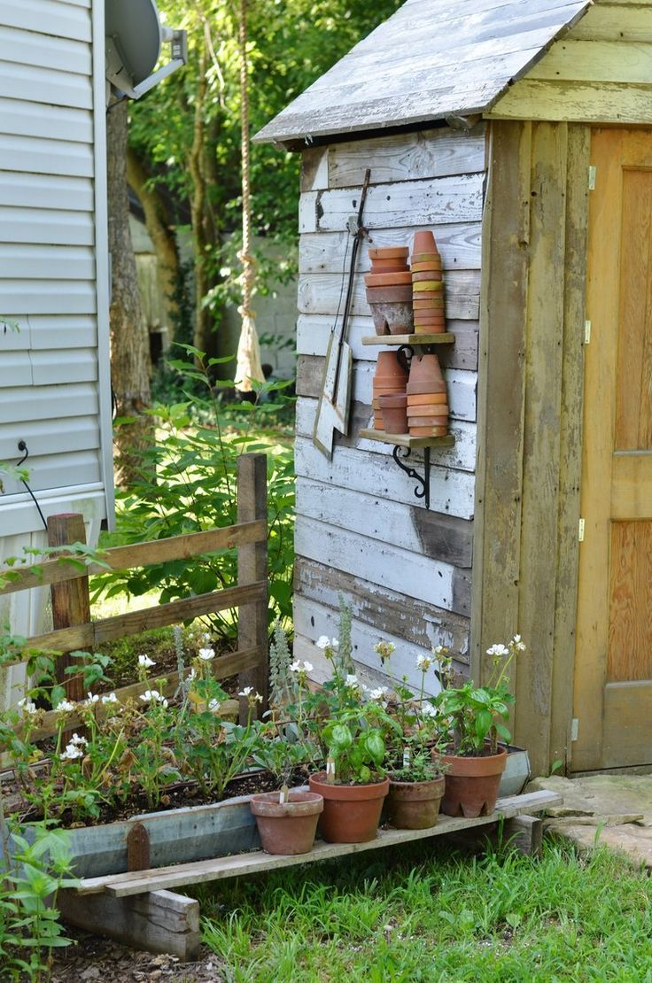 DIY Potting Garden Shed flatcreekfarmhouse.com