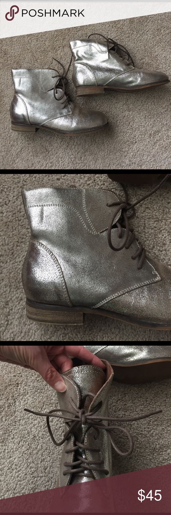 Ecote silver ankle boots sz 9 Excellent condition silver crackle lace up ankle boots ! No signs of wear on fabric. Urban Outfitters Shoes Ankle Boots & Booties