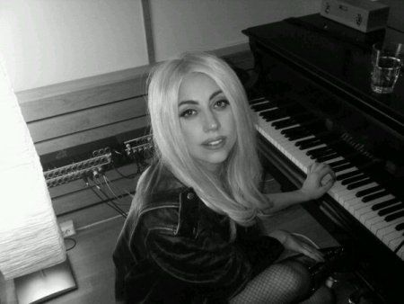 Lady Gagas Twitpics from the studio!: Favorite Gaga, New Music, The Piano, Lady Gaga, Gαgα Ριαиσ, Mothers Monsters, Admirer People, Gaga Twitpic