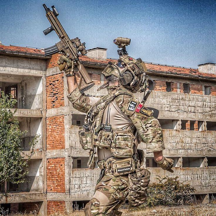 "3,180 Gostos, 19 Comentários - erman.tasdemir ThePunisher (@erman.tasdemir) no Instagram: ""My victory figure of happiness . . BDU: @ffind Multicam Combat Set from @jkarmyshop ➖➖➖➖➖➖➖➖➖➖➖➖➖…"""