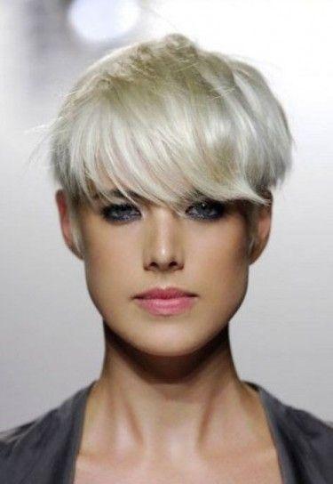 Colore capelli biondo platino