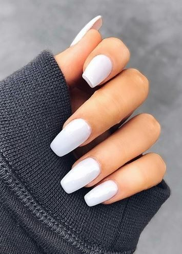 24 Criando desenhos de unhas brancas 2018 #white #whitenail #nagels