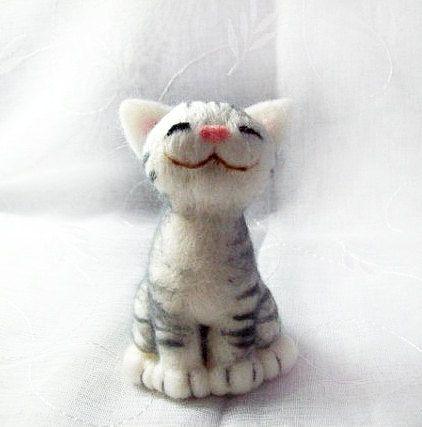Neko naald vilten kat van HandmadeByNovember op Etsy