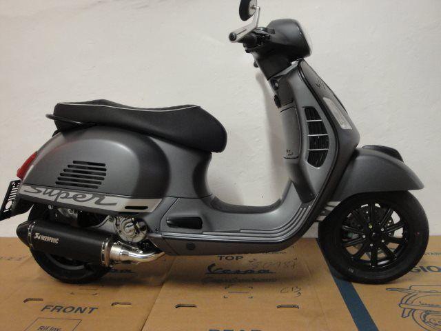 Umgebautes Motorrad Vespa GTS 300 i.e. Super Sport von Jahelka Zweirad Gmbh & Co KG - 1000PS.de
