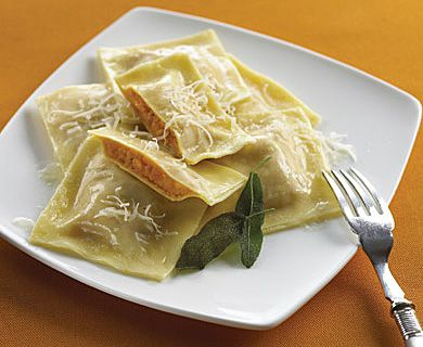 Tre Stelle® Recipes - Squash Ravioli with Sage Butter