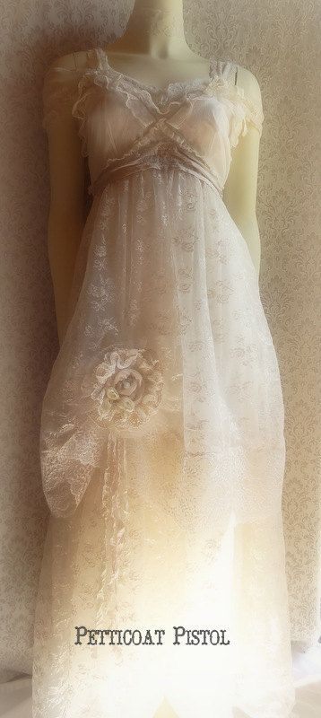 56 best vintage inspired wedding dresses by petticoat for Vintage wedding dresses austin