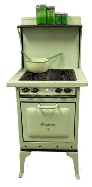 http://www.buckeyeappliance.com/photos/stoves/moreStoves/1041.jpg ... perfect for our camper!!!!