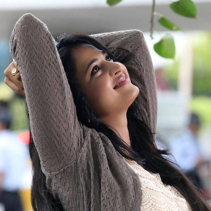 Anushka Shetty, Anushka Shetty Stills, Anushka Shetty Hot, Latest Anushka Shetty, Anushka Shetty Sexy Stills, Hot Anushka Shetty, Tollywood Gallery