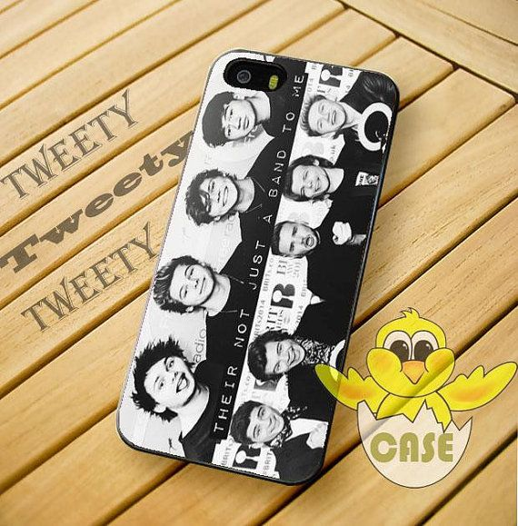 5 Second of summer and One direction phone case, I need this!!!