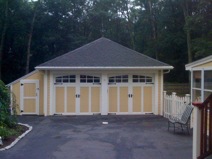 1000 images about clopay steel carriage house garage Clopay garage door colors