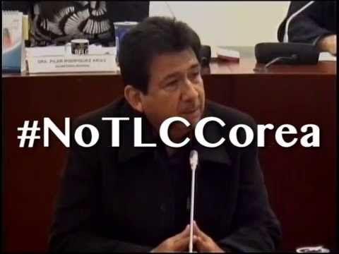 Sindicatos y empresarios unidos por #NoTLCCorea #SantosPresidente Es la destrucción del aparatado productivo!
