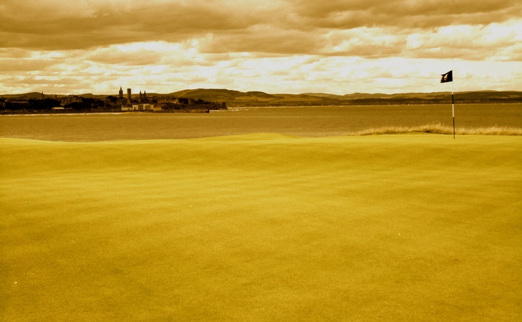 The Castle Course- St Andrews 7th Golf Course. This David McLay Kidd masterpiece needs a little respect to be enjoyed.