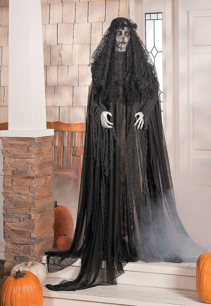 Haunting Lady Halloween Witches Decorations