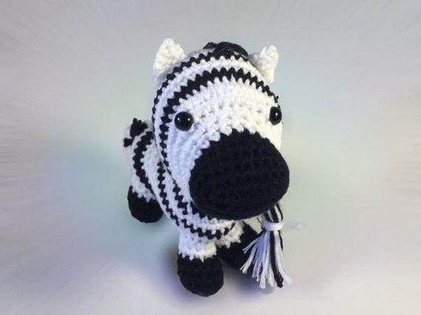 Pin Von Zum Flauschigen Einhorn Hakelanleitungen Geschenkideen Auf My Crochet Inspiration Wolle Kaufen Maskottchen Und Amigurumi