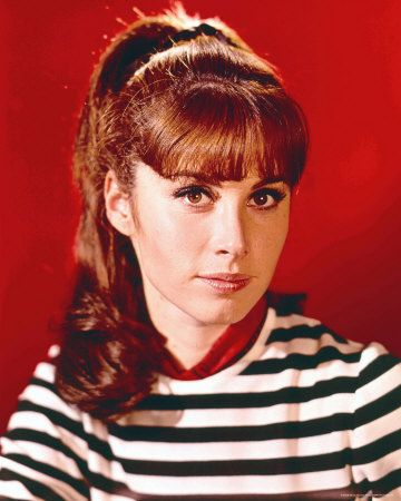 Stephanie Powers - one of my favourite gingers :)