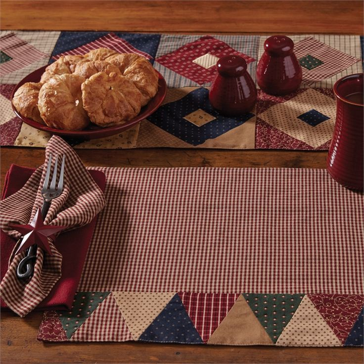 Montclair Triangle Bordered Placemat