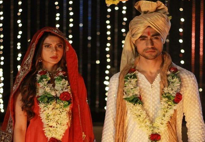 Bepannah Latest News Aditya And Zoya S Fake Husband Wife Drama Jennifer Winget Jennifer Actresses
