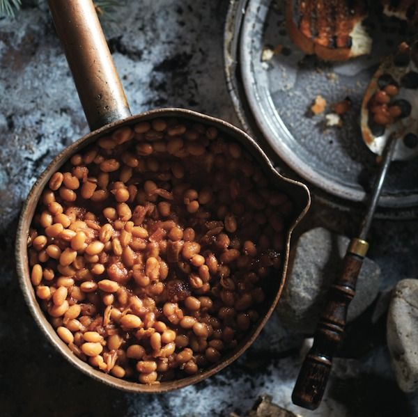Quick Vegetarian Baked Beans - This recipe works over a campfire, or on the stove at home! Get this quick and easy baked beans recipe at Chatelaine.com