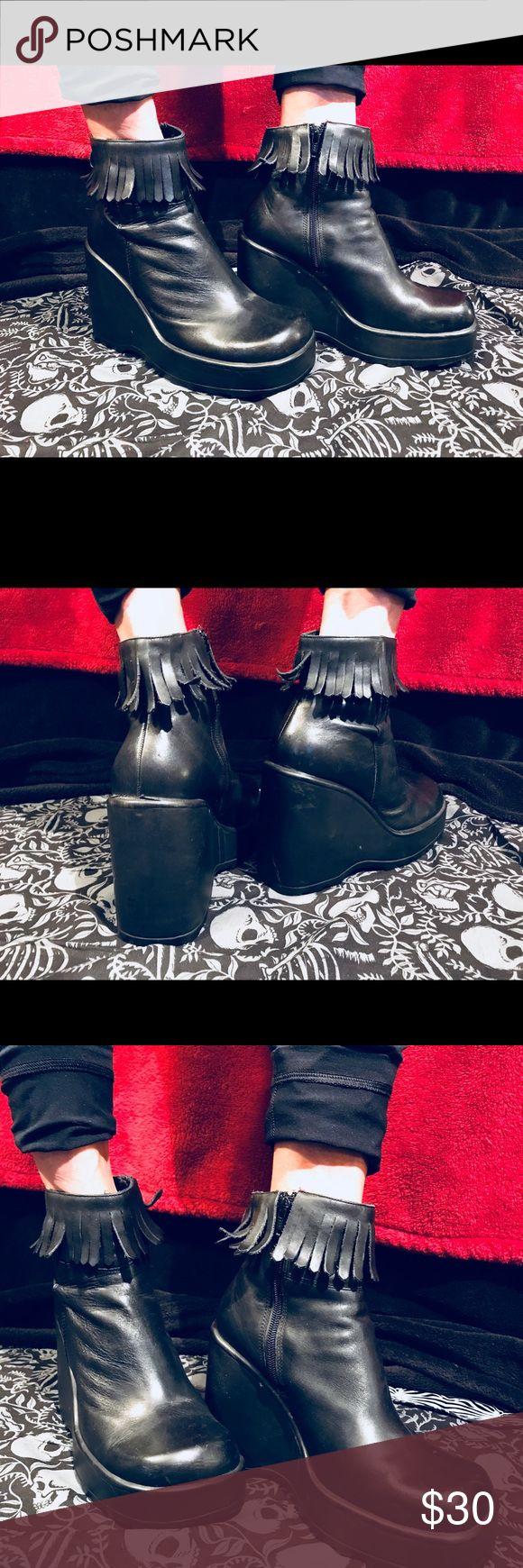 // Black Platform Wedge Booties // Size 9, high wedge platform heel, fringe around ankle, broken in but still fab. Arizona brand, ankle boots. Fake leather. Goth, punk, alternative. Shoes Platforms