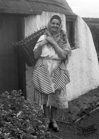 A Scottish Fish Wife c1932, Coldingham