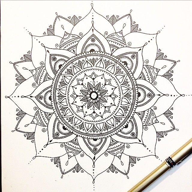 #mandala #mandalaart #pen #doodling #bw #lineart #beautiful_mandalas #drawing #marker