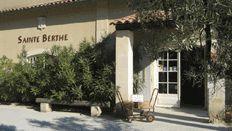 Mas Sainte Berthe - AOC Baux de Provence, Vins de pays des Bouches-du-Rhône, red, white, rose