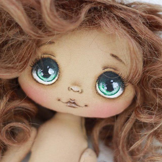 А вот и вторая детка:) Девочки, куколки заняты, свободные будут чуть позже☺️