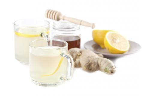 Zitronen sind nicht nur echte Vitaminbomben. Sie kurbeln die Fettverbrennung an und können so auf Dauer die Pfunde purzeln lassen - hier unsere Tipps!