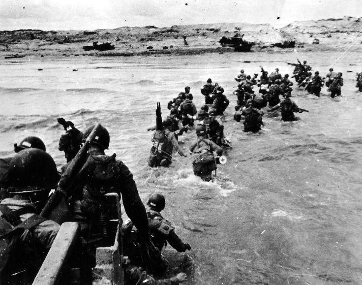 ROBERT CAPA photographe de guerre | La flaneuse / Le débarquement de Allliés en normandie en juin 1944