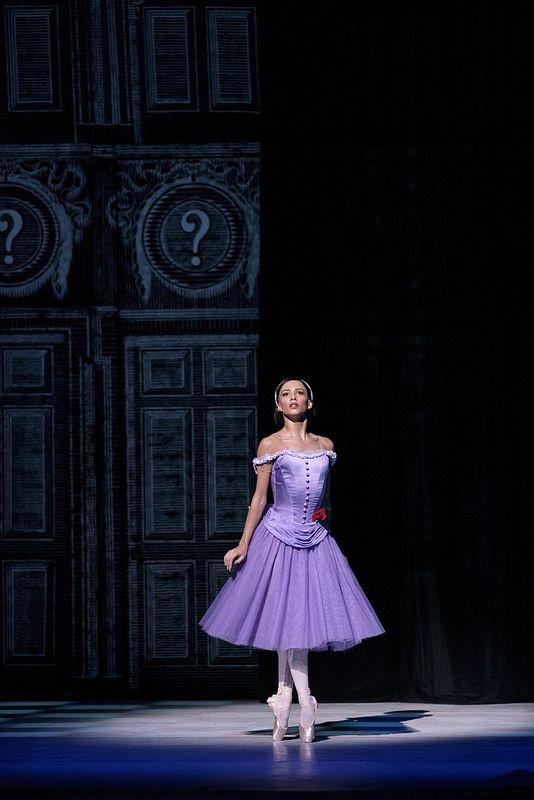 Francesca Hayward as Alice in Alice's Adventures in Wonderland © ROH. Photographer Bill Cooper, 2014