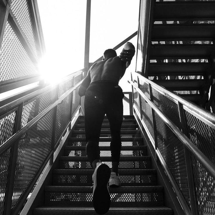 """789 gilla-markeringar, 6 kommentarer - Squarespace (@squarespace) på Instagram: """"Let's go. Photo by @tomlewphoto"""""""