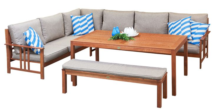 Timber Modular Furniture - The Oxford modular with timber and is perfect for outdoor family living or entertaining.