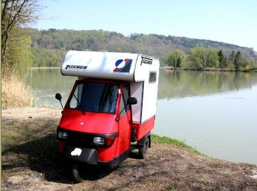 Le camping-car Passe partout: Le piaggio ape moca camper : le plus petit camping-car du monde