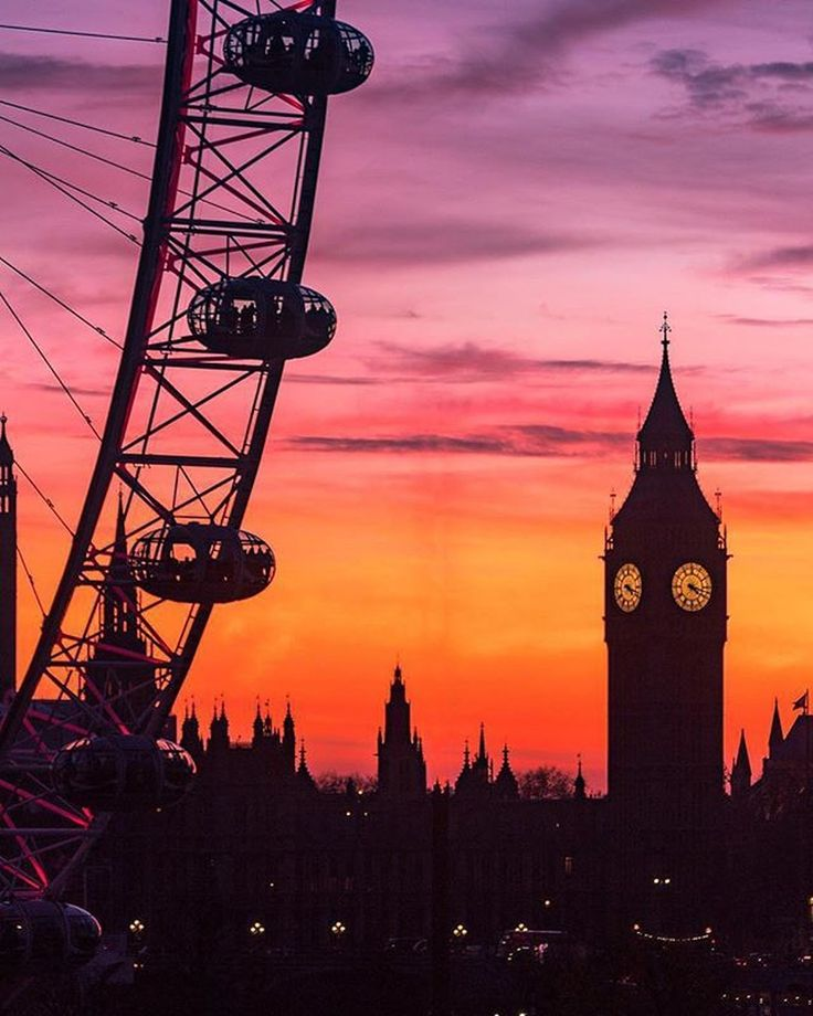 London, United Kingdom Beautiful silhouette.. Credits to  @philipp_pley  <a class=