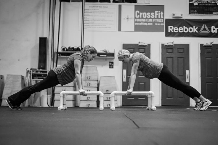 Photo of the Day: Becca and Kim – CrossFit Moms at CrossFit King of Prussia » Chris Plentus Photography
