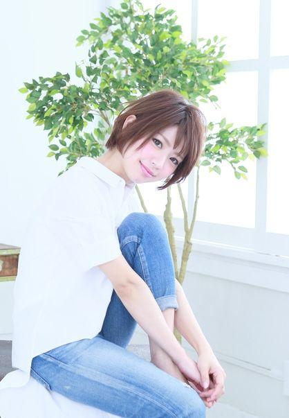 抜け感ストレートショート | 心斎橋の美容室 VAIRONのヘアスタイル | Rasysa(らしさ)