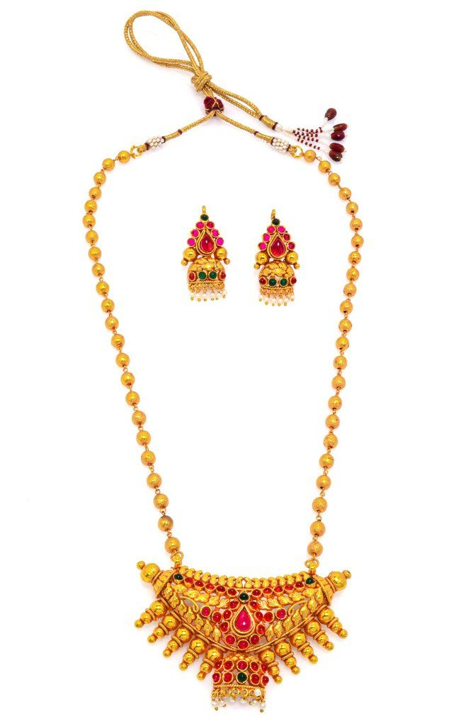 Attractive Pearl Necklace in golden colour. Occasion: Wedding & Traditional wear Shop Now:https://goo.gl/WbtNYx