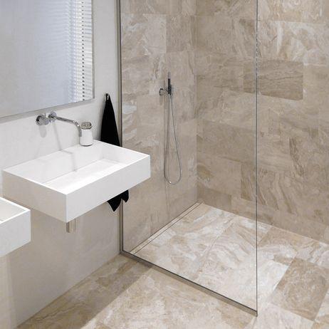 GlassLine & HighLine. #showerscreen #bathroom #badeværelse #design #minimalistic #nordicdesign #design #inspirational #interior