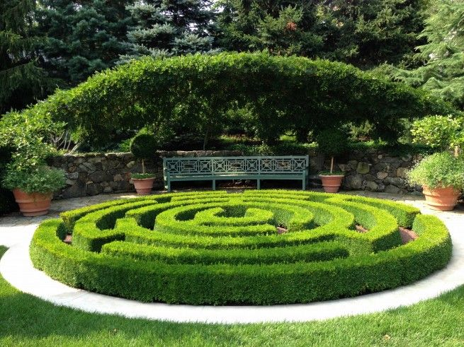 17 images about garden on pinterest gardens maze and for Garden maze designs
