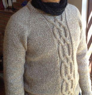 Sweater Tarcísio pattern by carmen gama